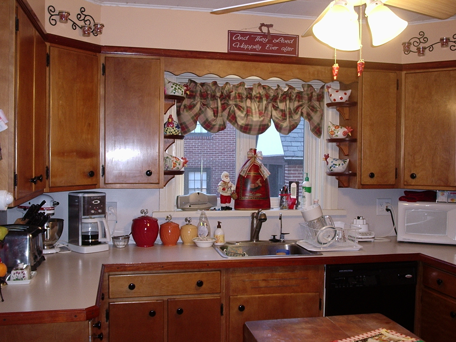 Superior woodcraft get the most value when remodeling for Kitchen cabinets yorktown ny