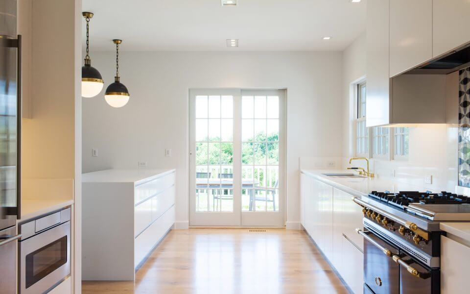 Nantucket Contemporary Kitchen